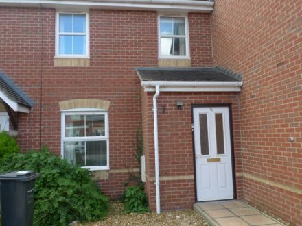3 bed terraced house to rent in Paisley Road, Bournemouth
