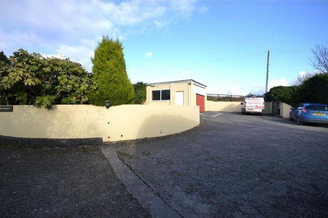 Garage& Parking Area
