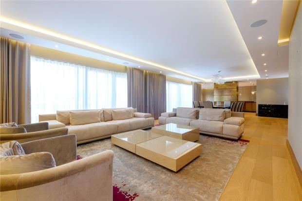Thumbnail Flat for sale in Meadows House, Chelsea Creek, Park Street