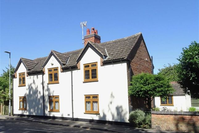 Thumbnail Detached house for sale in Main Street, Stoke Golding, Nuneaton