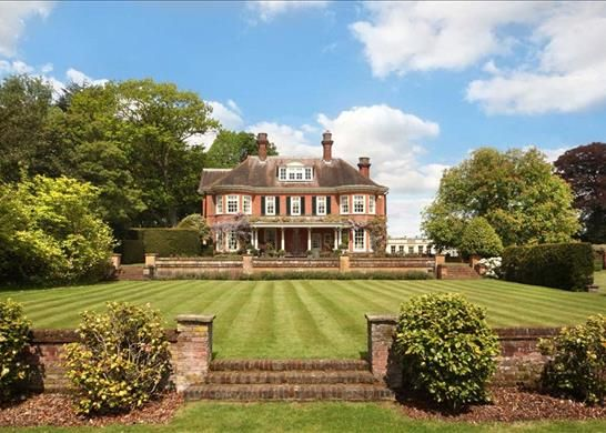 Thumbnail Detached house for sale in Shire Lane, Gerrards Cross, Buckinghamshire