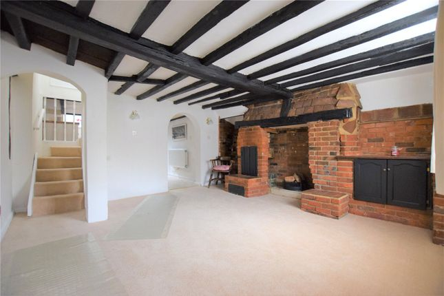 Thumbnail Terraced house for sale in High Street, Kings Langley, Hertfordshire