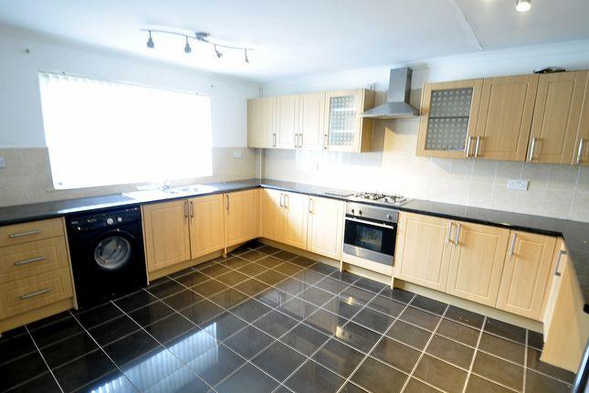 Thumbnail Maisonette to rent in St. Lukes Road, Pontnewynydd, Pontypool