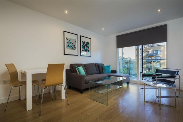 Thumbnail Flat to rent in Adana Building, Lewisham