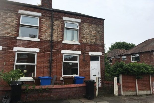 2 bed property to rent in Brooks Avenue, Hazel Grove, Stockport