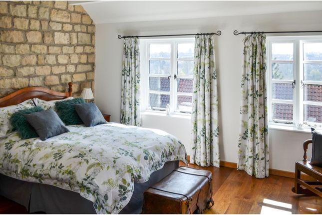Master Bedroom of Hillside, Sheffield S25