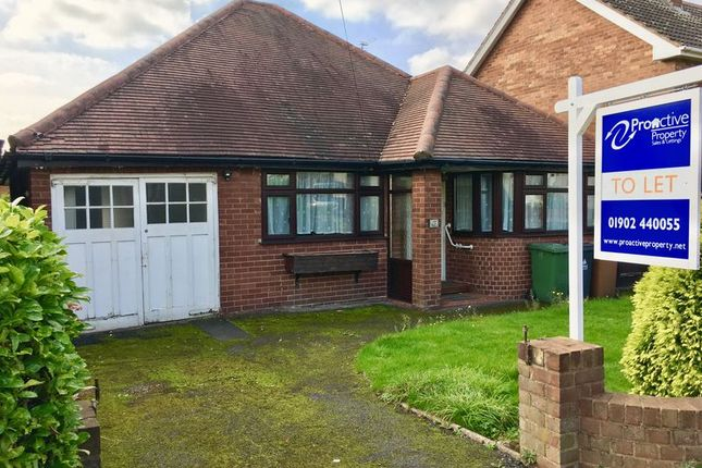 Detached bungalow to rent in Monmouth Road, Bentley, Walsall