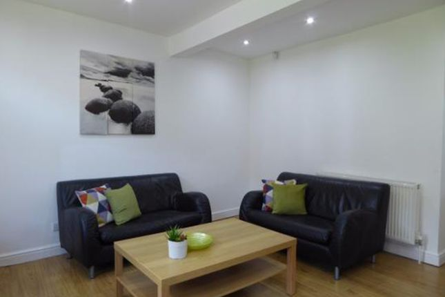 Thumbnail End terrace house to rent in View Street, Huddersfield