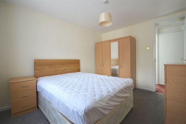 1 bed property to rent in Marshall Close, Harrow