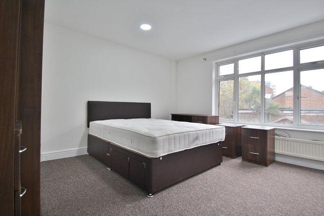 Room to rent in Westbury Road, Barking