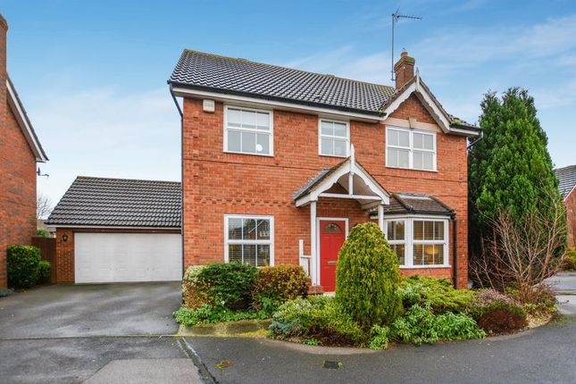 4 bed detached house for sale in Lodge Close, Bicester