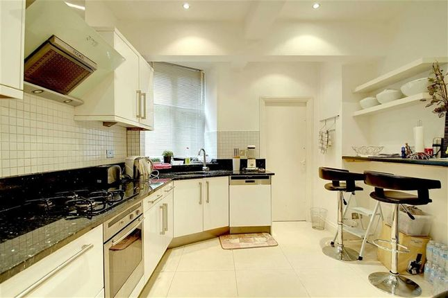 4 bed flat for sale in Alvanley Court, London, London