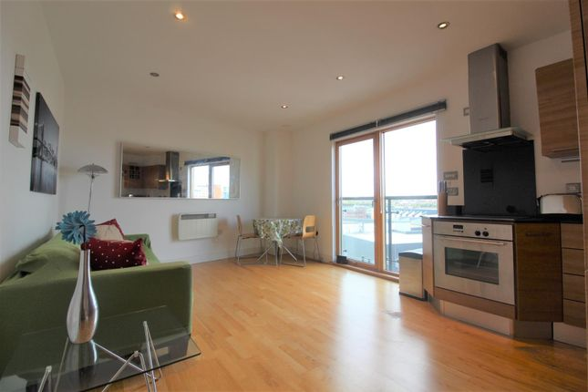 Thumbnail Flat to rent in Chadwick Street, Leeds Dock