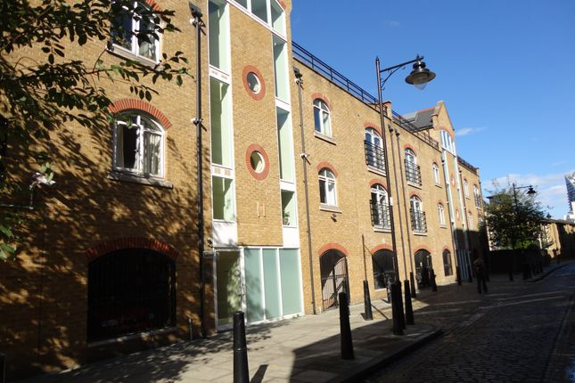 Thumbnail Flat to rent in Cold Harbour, London
