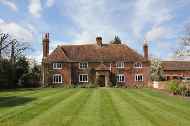 Thumbnail Farmhouse to rent in Canterbury Road, Boughton Aluph, Ashford