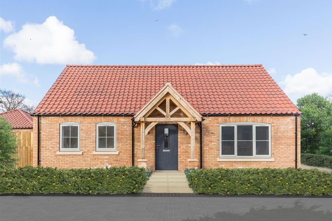 Thumbnail Detached bungalow for sale in High Street, Fiskerton, Lincoln