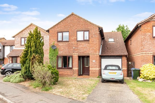Thumbnail Flat to rent in Willow Drive, Bicester