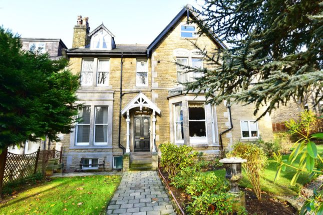 1 bed flat to rent in Alexandra Road, Harrogate