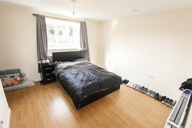 Bedroom of Hinkler Road, Southampton SO19