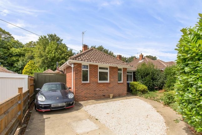 Thumbnail Detached bungalow for sale in Beeches Avenue, Charmandean, Worthing