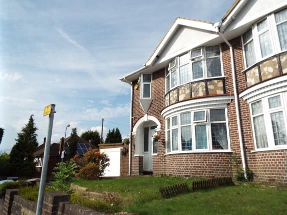 Thumbnail Property for sale in Stockingstone Road, Luton, Bedfordshire