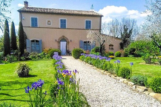 Thumbnail Country house for sale in Staffolo, Ancona, Marche, Italy