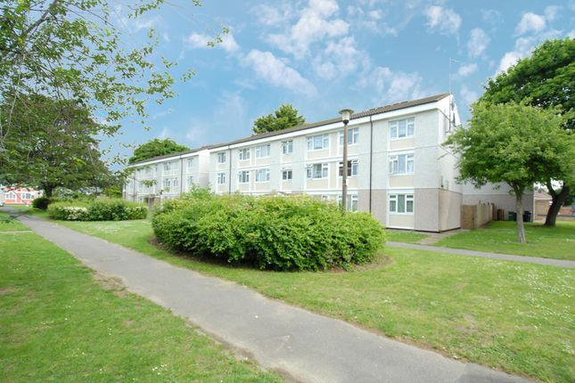 2 bed flat for sale in Charles Gardens, Wexham, Slough