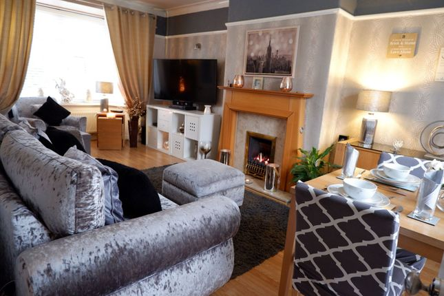 Lounge of Vernon Road, Manchester M43