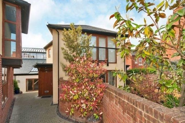 Thumbnail Town house to rent in Queen Street, Henley-On-Thames