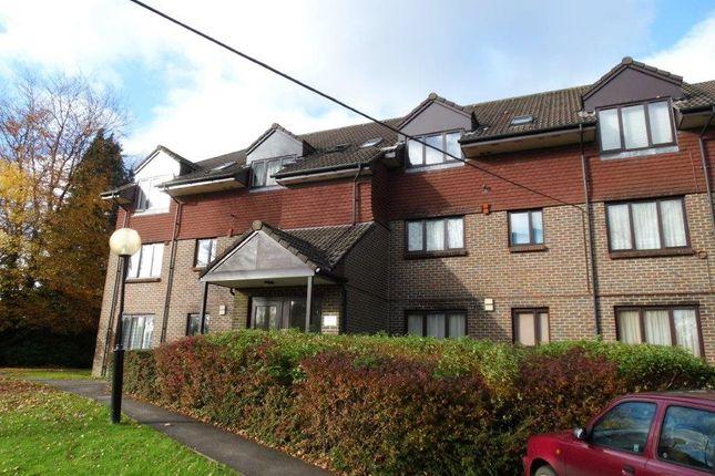 Thumbnail Flat to rent in Church Road, Crowborough