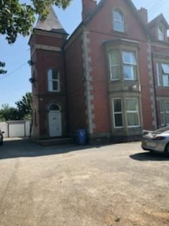 Thumbnail Flat to rent in Dyserth Road, Rhyl