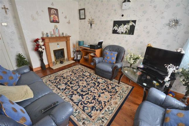 Lounge of Chudleigh Rd, Crumpsall M8