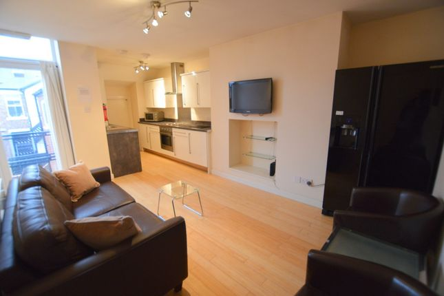 Thumbnail Flat to rent in Stannington Place, Heaton, Newcastle Upon Tyne