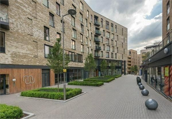 Thumbnail Flat for sale in Plough Way, London