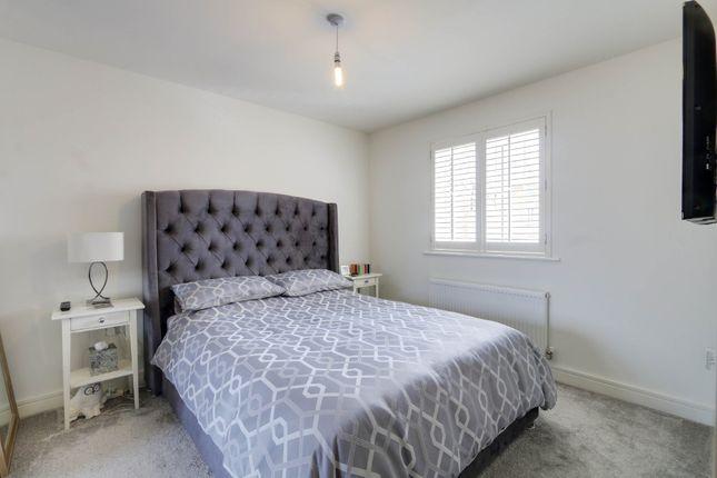 Bedroom of Elmfield Way, Kingsteignton, Newton Abbot TQ12