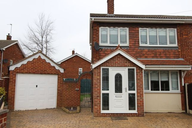 Thumbnail Semi-detached house to rent in Holmefield Close, Armthorpe, Doncaster