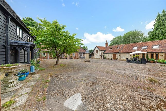The Courtyard of Pendell Barn, Pendell Road, Bletchingley RH1