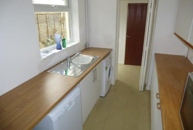 Thumbnail Property to rent in Glynne Street, Canton, Cardiff