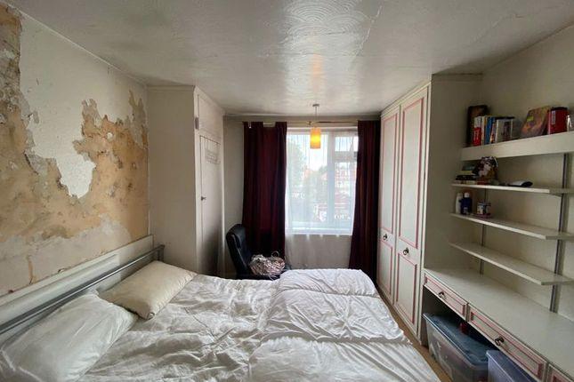 Bedroom 1 of The Chase, Burnt Oak, Edgware HA8