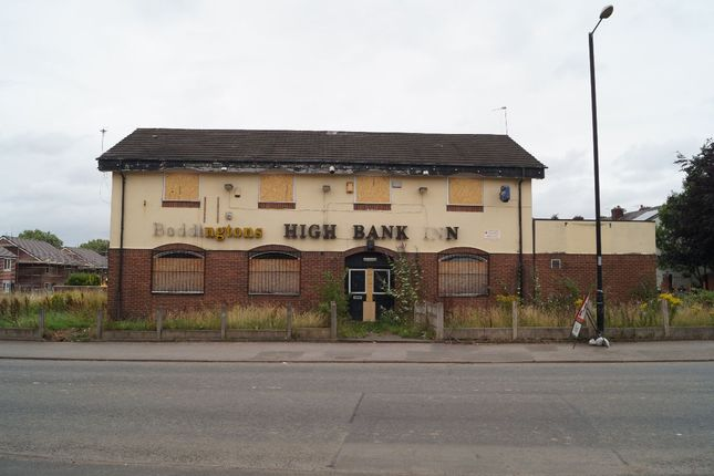 Thumbnail Pub/bar for sale in Highbank Inn, Ogden Lane, Openshaw