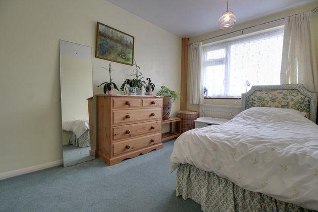 Room 7 of Northfield Road, Church Crookham, Fleet GU52