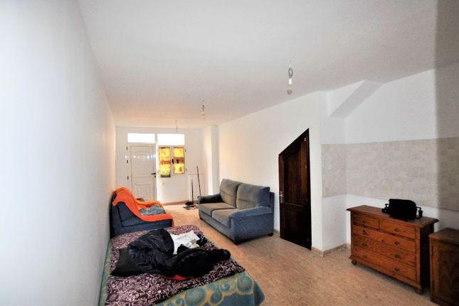 2 bed apartment for sale in Arrecife, Las Palmas, Spain