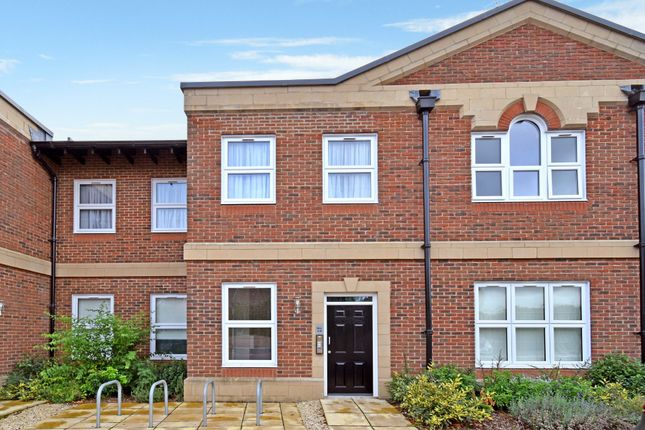 Thumbnail 1 bed flat for sale in Clerewater Place, Thatcham