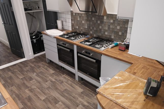 Thumbnail Terraced house to rent in St Helens Avenue, Brynmill Swansea