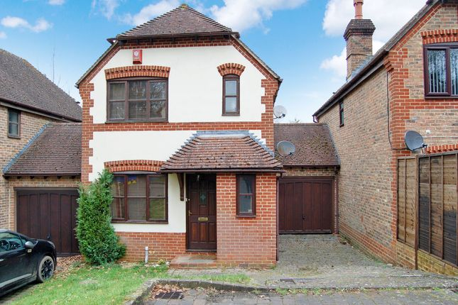 Thumbnail Link-detached house to rent in Old Barn Court, Haywards Heath