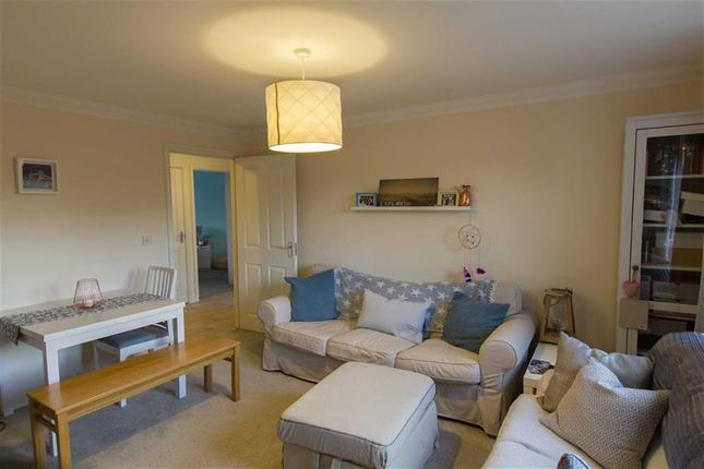 Thumbnail Flat for sale in Middlefield Road, Allington, Chippenham, Wiltshire