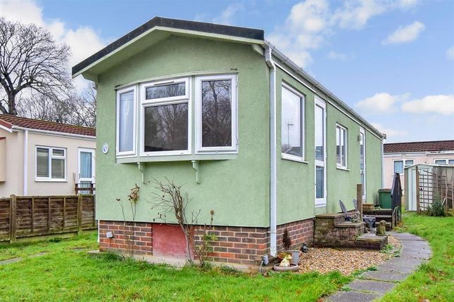 Thumbnail Mobile/park home for sale in Worthing Road, Southwater, Horsham, West Sussex