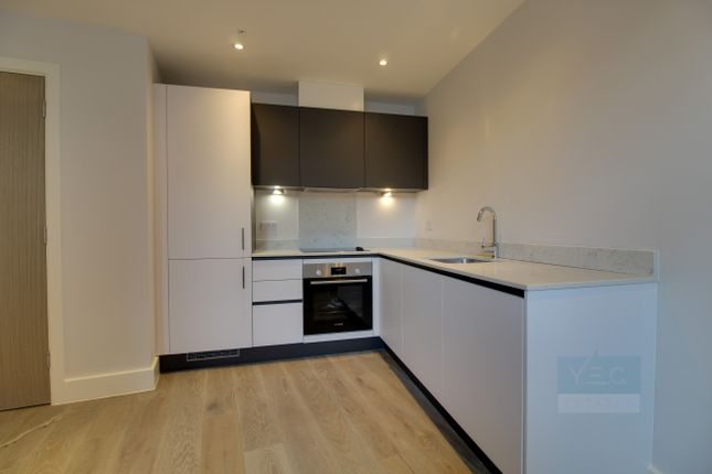 1 bed flat to rent in High Street, Chelmsford CM1
