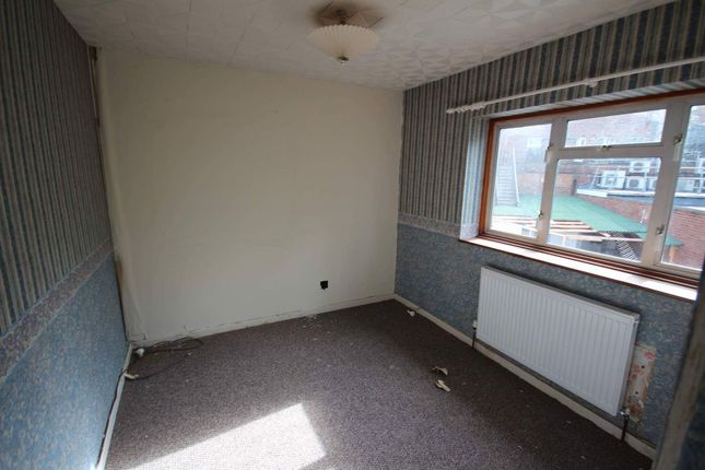 Thumbnail Semi-detached house to rent in Nursery Road, Luton, Bedfordshire LU3, Luton