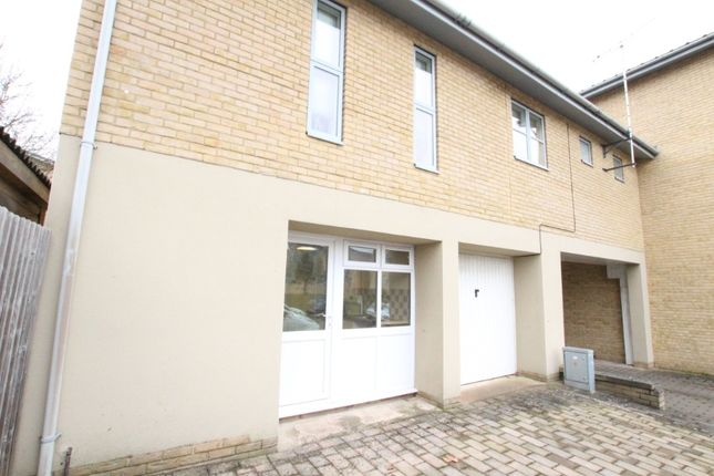 1 bed flat to rent in Pinewood Drive, Cheltenham GL51